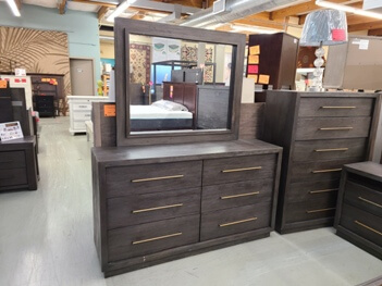 Modus Cambridge Rustic Hardwood Dresser with Mirror