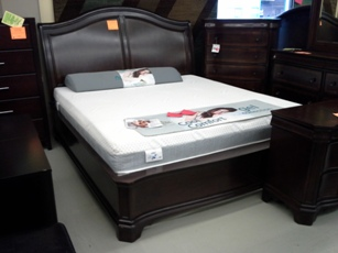 IFM Delmont Cherry King Sleigh Bed