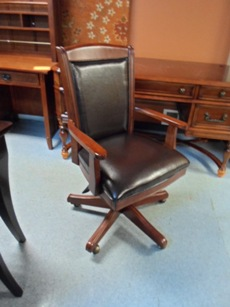 Home Meridian Grandview Cherry & Leather Desk Chair