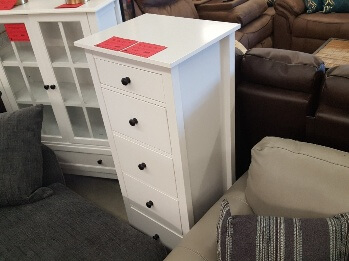 Furniture of America Launces White 5-Drawer Accent Chest