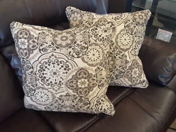 Medallion Throw Pillow in Rich Earth Tones