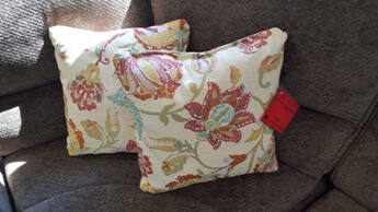 Best Furniture Throw Pillows in Multi (set of 2)