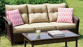 Furniture of America Jocelyn Outdoor Sofa