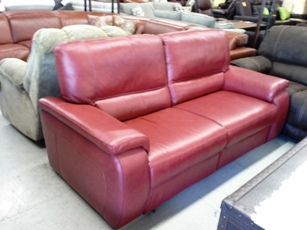 Chateau Dax Marchella Pomegranate Italian Leather Power Reclining Sofa