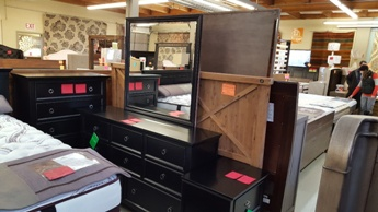 New Classic Tamarack Black Dresser with Mirror