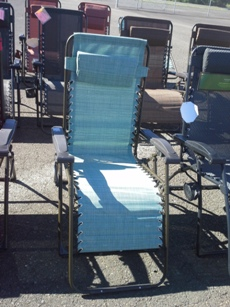 Outdoor Teal Zero-Gravity Recliner